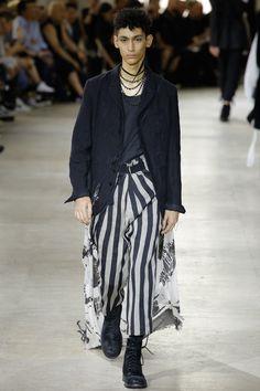 Ann Demeulemeester Spring 2017 Menswear Fashion Show