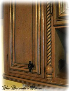 The Decorated House: ~ Black Glazed Finish for Painted Furniture & Cabinets