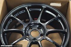 2015 Project GTI Part III by Paddy McGrath-17 VOLK Racing ZE40 18x8.5 ET44; 8.1kg each