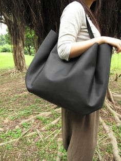 Hand-stitched Matte Black Leather Double Strapped Shoulder Bag (Original / Ex-large) on Etsy, $298.00