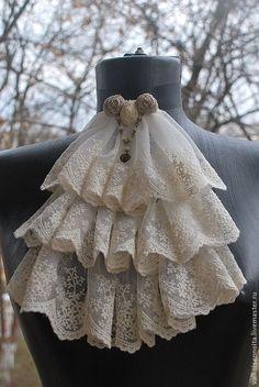 """Pensei que da pra colocar um negócio assim também, mas n sei, acho q pode ficar estranho como elas só andam curvadas para baixo - Купить Кружевное жабо """" Bridal Veil """" - жабо, кружевное жабо, жабо из кружева Moda Steampunk, Costume Steampunk, Victorian Steampunk, Steampunk Fashion, Victorian Fashion, Lolita Fashion, Diy Fashion, Fashion Dresses, Womens Fashion"""