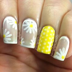 Um... I did these SUPER fast (for me ) just playing around with more #makeshiftcrelly polishes... So ignore the smearing please  but I wanted to post them because I think they are really cute! I know I've seen bordered floral designs around and it's all I could think of when I made the white crelly. And then a pop of yellow because yellow is awesome  #Padgram