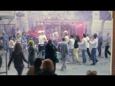 Flashmob Advertising by Nivea in Paris