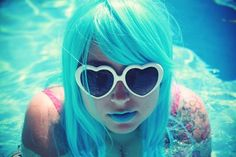 pool-blue hair