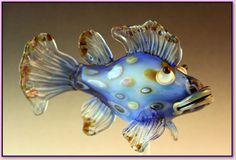 John Rizzi Lampwork Beadwork, Beading, Beads Pictures, Fish Sculpture, Lampworking, Venetian Glass, Animal Decor, Bead Crochet, How To Make Beads