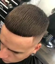 Mens Hairstyles With Beard, Cool Hairstyles For Men, Haircuts For Men, Curly Hair Men, Curly Hair Styles, Haircut Designs For Men, Fade Haircut Styles, Hair Cutting Videos, Crop Haircut