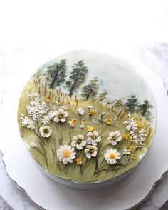 Buttercream flowers and hand painting