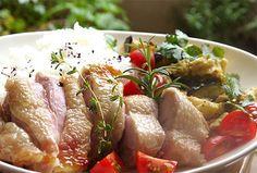 ワンプレートランチ〜マリネした鶏肉のグリル、ナスと卵の炒め物