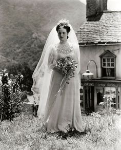 """Maureen O'Hara as a bride in """"How Green Was My Valley."""""""