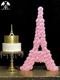 may birthday party Flower Ball Centerpiece, Crown Centerpiece, Red Centerpieces, Mickey Centerpiece, Birthday Centerpieces, Eiffel Tower Cake, Eiffel Tower Centerpiece, Pink Rose Pictures, Eiffel Tower Pictures