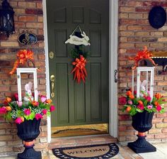 Celebrate Easter & Spring season with an outdoor decor. From Porch decoration to door decoration ot Yard decor, get best DIY Easter Outdoor Decor ideas here