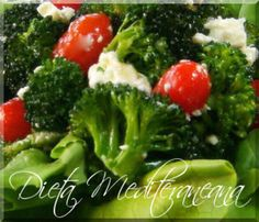 Salata mediteraneana cu brocoli, rosii cherry si branza feta Feta, Broccoli, Vegetables, Kitchen, Cherry, Salad, Recipe, Cooking, Kitchens