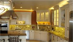 Looking to buy under cabinet LED light tape? We look at kelvins, cost and installation techniques for LED tape Interior Design Career, Interior Design Dubai, Interior Design Software, Interior Design Website, Commercial Interior Design, Contemporary Interior Design, Decor Interior Design, Interior Design Living Room, Living Room Designs