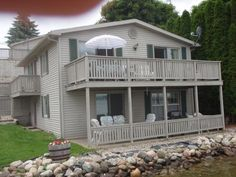 Make Plans for a September Lakefront (Irish Hills) Michigan Vacations, Best Vacations, Beach Vacation Rentals, Vacation Ideas, Round Lake, Trip Advisor, Irish, Villa, Cottages