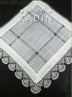 "needle lace oya ""iğneoyası ve feretiko salon ta"" Crochet Motif, Crochet Doilies, Crochet Lace, Crochet Patterns, Embroidery Stitches, Embroidery Patterns, Hand Embroidery, Drawn Thread, Linens And Lace"