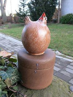 Sliepočka - dóza / e-keramika - SAShE. Hens, Vase, Handmade, Home Decor, Hand Made, Decoration Home, Room Decor, Vases, Home Interior Design