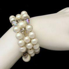 Faux #Pearls #Crystal Beads #Bracelet Vintage Jewelry from #MyClassicJewelry #GotVintage