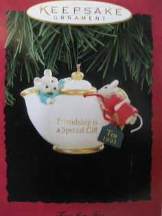 1995 Hallmark TWO FOR TEA Friendship Mice Teapot Vintage Keepsake Ornament. Cute. Pity about the '1995'