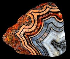 lake superior agate What is an Agate? Agates are semi-precious gemstones that are a variegated form of chalcedony (pronounced kal-sed'-...