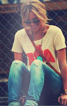 Happily grey blog....looooove this shirt