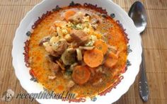Favágó leves recept fotóval My Favorite Food, Favorite Recipes, Menu Planning, Cheeseburger Chowder, Hummus, Thai Red Curry, Food And Drink, Ethnic Recipes, Soups
