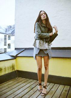 Ingrid Holm /grey mini and layers