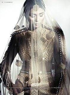 bridal fashion india3 Pallavi Singh Shines in Bridal Fashions for Elle India by Arjun Mark