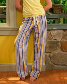 When I came across the free peasant dress/top pattern from Martha Stewart , I also found a free pajama pant pattern . It looked simple and e...