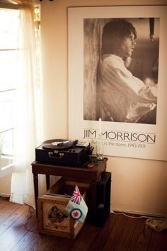 record player + jim morrison.
