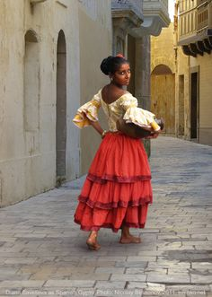 spanish folk costumes | Spanish Gypsy women's costume. XIX century