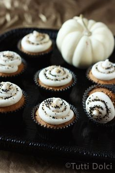 pumpkin cupcakes with maple brown butter frosting