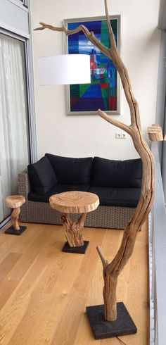 Homemade products from Oud Verweerd Eiken, processed to bring in nature. Floor lamp 235 cm high, Side table around 51 cm and 59 cm high . Driftwood Lamp, Diy Home Decor, Log Furniture, Home Diy, Diy Furniture, Wood Lamps, Home Decor, Driftwood Crafts, Wood Decor
