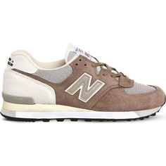 NEW BALANCE 575 logo-detail suede trainers ($145) ❤ liked on Polyvore featuring shoes, sneakers, grey beige suede, new balance, beige sneakers, lace up sneakers, grey sneakers and beige shoes