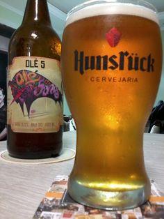 Cerveja Hunsrück Olé 5, estilo Specialty Beer, produzida por Cervejaria Hunsrück, Brasil. 5.2% ABV de álcool.