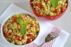 Summer Bulgur Salad - an easy veggie salad with chickpeas, tomatoes, cucumber, scallions and a zesty lemon dressing that makes for a light, yet satisfying vegan lunch salad or a healthy side dish. Summer Salad Recipes, Summer Salads, Vegan Hot Cross Buns, Bulgur Recipes, Bulgur Salad, Mint Salad, Olive Recipes, Cinnamon Recipes, Vegan Lunches