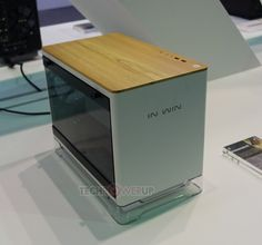 Case In Win 806 is designed for ATX boards, Gaming Cube A1 - for mini-ITX boards