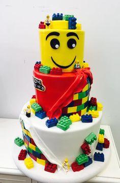 Bolo Lego: 50 Ideias de Decoração Incríveis para a Festa Bolo Lego, Birthday Cake, Desserts, Food, Decorating Ideas, Party, Birthday Cakes, Deserts, Dessert