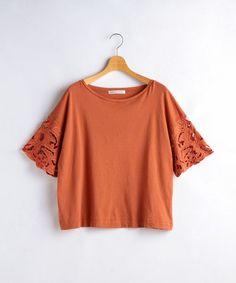 ESTNATION WOMEN(ウィメン)のMARILYN MOON 刺繍コンビカットソープルオーバー(Tシャツ/カットソー)|オレンジ