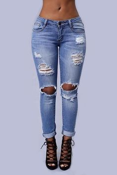 Outfit Jeans, Cute Ripped Jeans Outfit, Womens Ripped Jeans, Jeans Skinny, Trendy Jeans, Cuffed Jeans, Women's Jeans, Jeans Heels, Shoes With Jeans