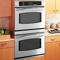 Double ovens: Would love to have these in my future house
