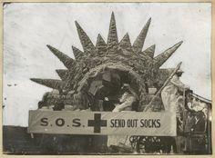 Year Nine WWI ACARA Red Cross fund raising stall during World War I in South Australia. PRG 280/1/15/96.