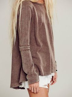 Slouchy sweatshirts.