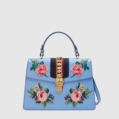 6c36cb644c7 Gucci Official Site – Redefining modern luxury fashion.
