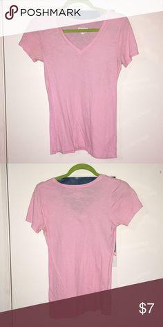 Old Navy short sleeve Pink tee Old navy  Short sleeve  Basic tee  Small Old Navy Tops Tees - Short Sleeve