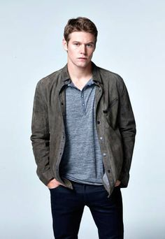 Vampire Diaries Spoiler: Zach Roerig Tweets During 100th Episode Filming! http://sulia.com/channel/vampire-diaries/f/4fe6073e-d34e-493d-a917-90ec3844a15a/?pinner=54575851&