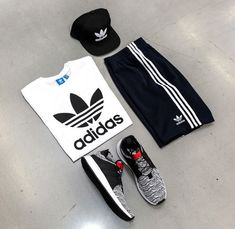 SHOP THIS LOOK #Top - Adidas Originals Trefoil Tee #Bottom - Adidas Superstar Short #Hat - #Adidas Trefoil Chain Snapback #Shoes - Adidas X Plr Look Top, Top Adidas, Adidas Superstar, Men's Fashion, Fashion Trends, Adidas Originals, Snapback, Adidas Jacket, Athletic
