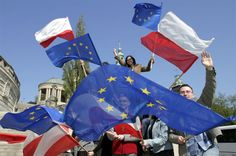 """When Poland's prime minister and top diplomat signed the EU accession treaty, little can they have known that the benefits would be this immense, both for Poland and the Union,"" writes Poland's Foreign Minister Radosław Sikorski in an article marking the 10th anniversary of Poland's EU accession, which falls on May 1st."