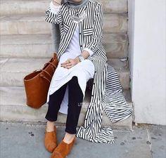 Black pants, white shirt, striped long cardigan, grey scarf, silver necklace, neutral shoes, grey nail polish, rings, watch, silver bracelet