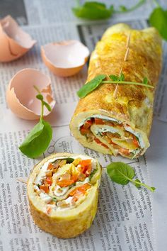Omelette Rollups or Roulade with Smoky Fried Potatoes, Cream Cheese, Bell Pepper and Watercress recipe - you could easily change the fillings to make various yummy meals. Breakfast Desayunos, Breakfast Dishes, Breakfast Recipes, Breakfast Potatoes, Breakfast Ideas, Egg Recipes, Brunch Recipes, Cooking Recipes, Healthy Recipes