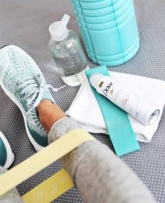 aurelie-ualanik: Source - The Princess in the Library Workout Room Decor, Workout Rooms, Wellness Fitness, Health Fitness, Gym Workouts, At Home Workouts, Foto Sport, Gym Workout For Beginners, Gym Essentials